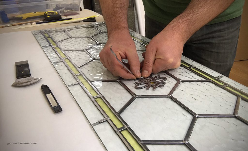 Making Manchester Bee leaded glass