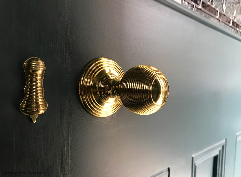 Queen Anne door knob